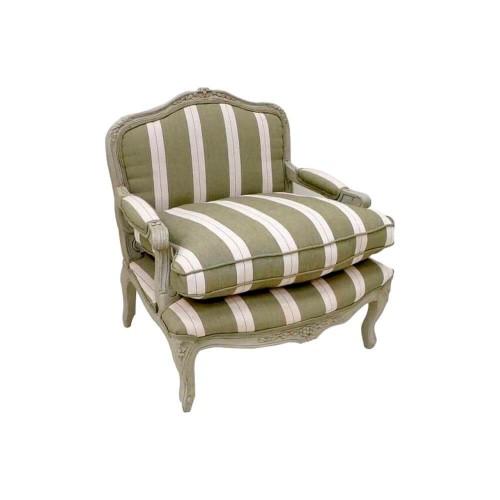 Sillón Bajo Francés. Sillón con brazon de madera, tejido rayas verde y beige. Quaint & Quality.